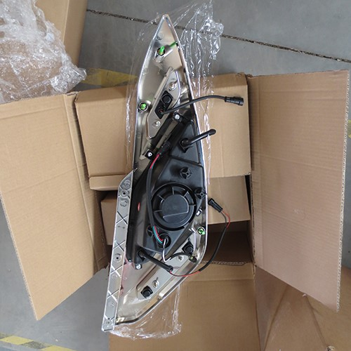 HC-B-1451 BUS HEAD LAMP FOR MARCOPOLO BRASIL
